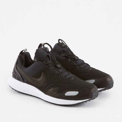 Air Pegasus A/T Premium Shoe - Black/Black-White