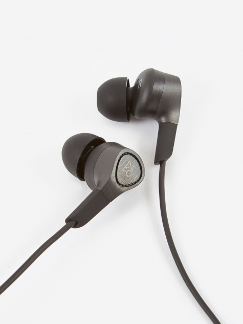 H3 In-Ear Headphones - Black