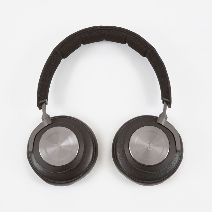 B&O PLAY H7 Premium Wireless Over-Ear Headphones - Black (Image 1)
