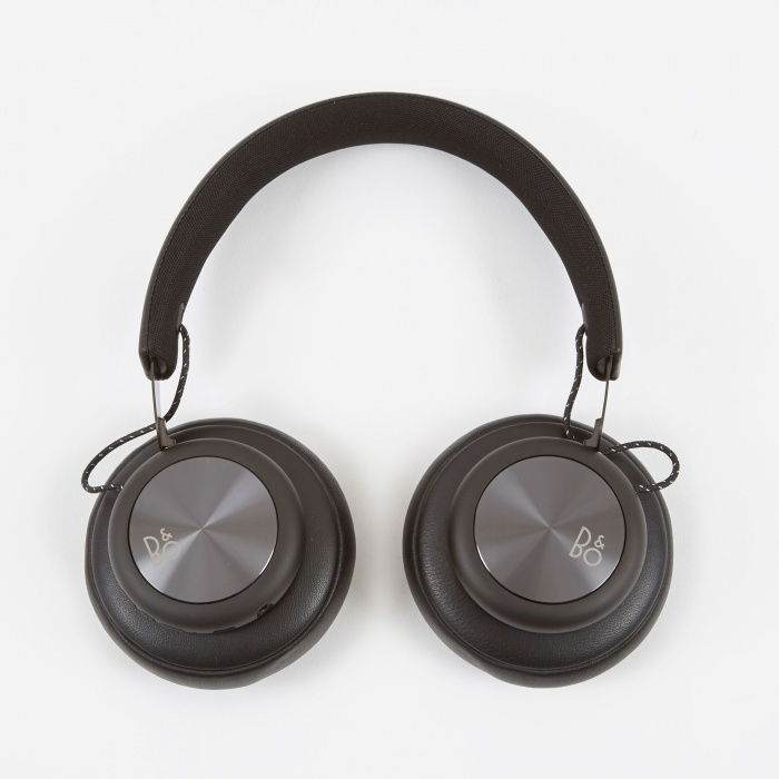 B&O PLAY H4 Premium Wireless Over-Ear Headphones - Black (Image 1)