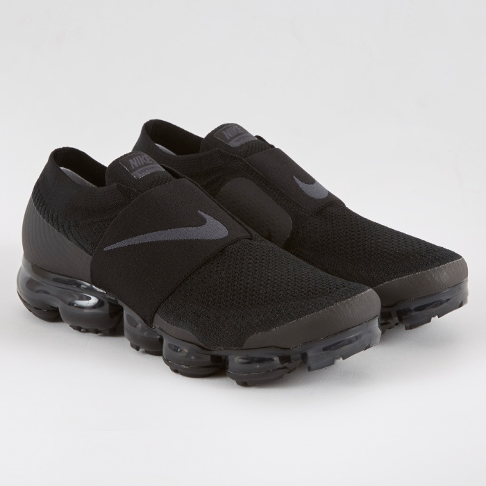 Nike Womens Air Vapormax FK Moc Shoe - Black/Anthracite (Image 1)