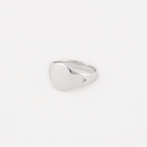 Mini Oval Signet Ring - Silver