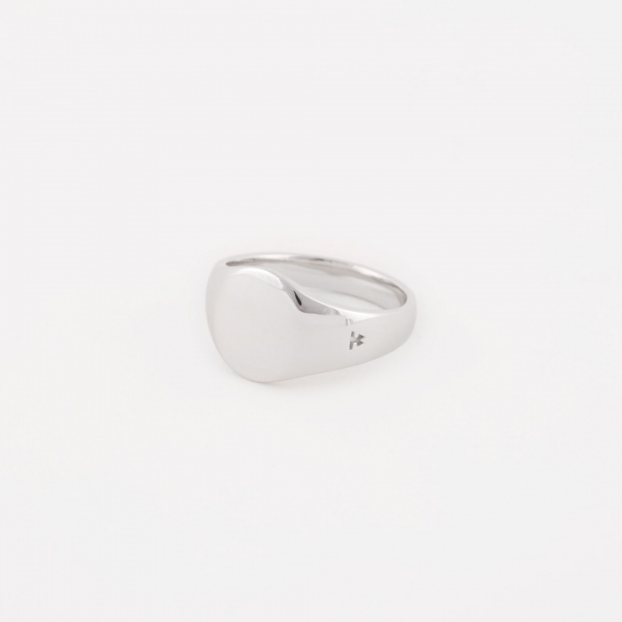 Tom Wood Mini Oval Signet Ring - Silver (Image 1)
