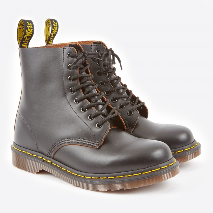 Dr Martens Dr.Martens Vintage Made in England 1460 Boot - Black (Image 1)