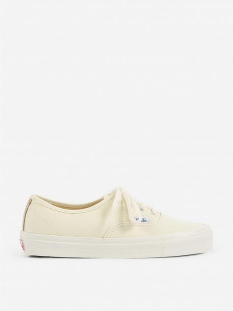 Vault OG Authentic LX - Classic White/Safari