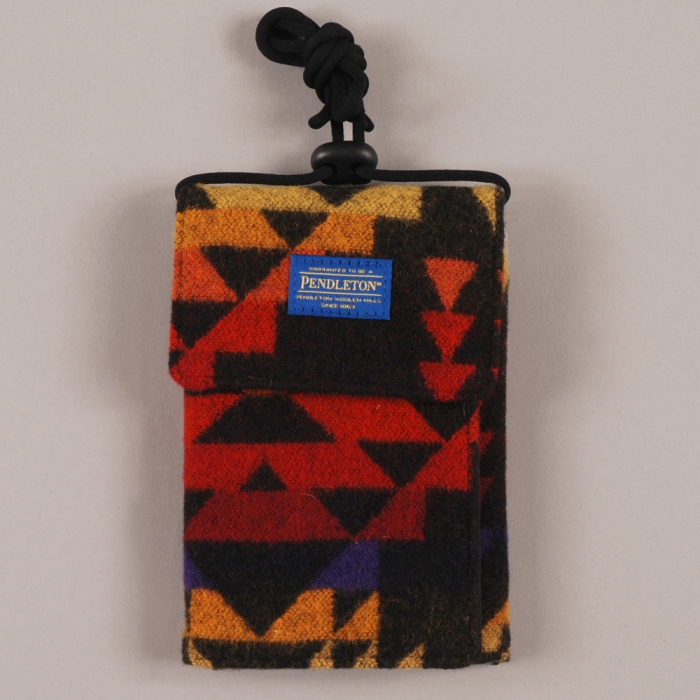 Pendleton Passport Wallet - Black (Image 1)
