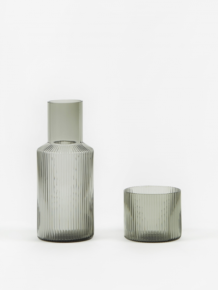 Ferm Living Ripple Small Carafe Set - Smoked Grey (Image 1)