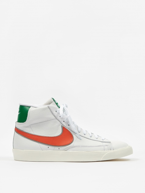 x Stranger Things Hawkins High Blazer - White/Clay/Green/Sa