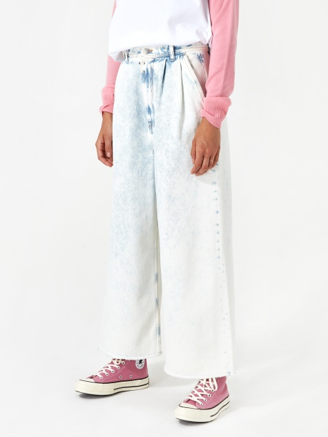 Wide Leg Jean - Super Bleach