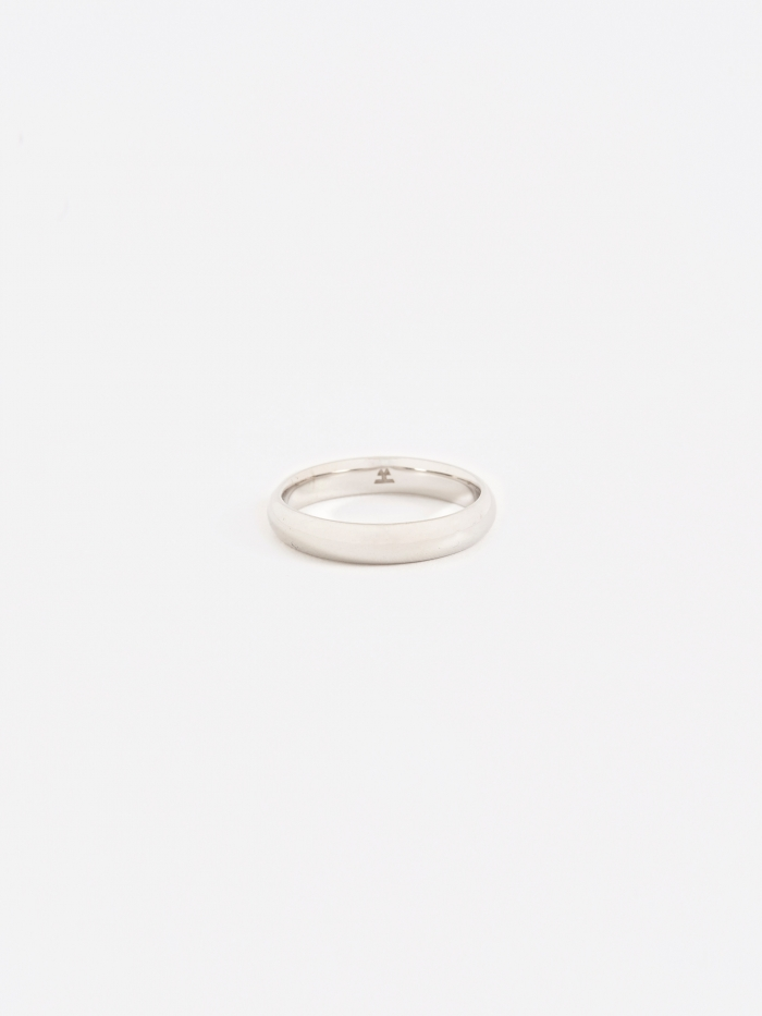 Tom Wood Classic Medium Band Ring - Polished Silver (Image 1)
