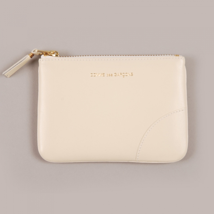 Comme des Garcons Wallets COMME des GARCONS Wallet Classic Leather Line - Offwhite (Image 1)
