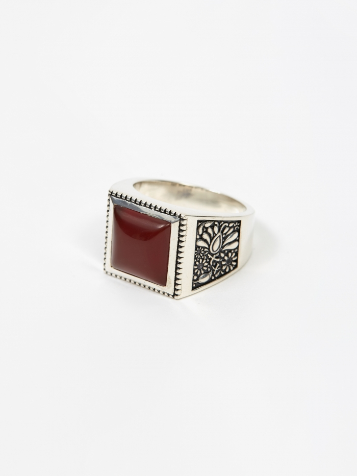 Maple Buck Ring - Silver/Red Garnet (Image 1)