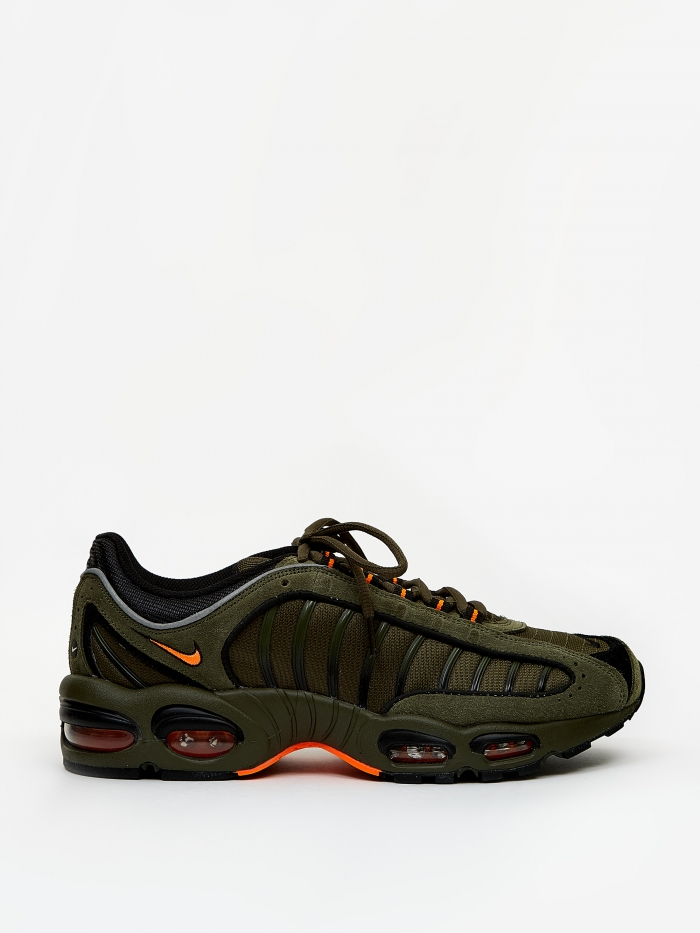 Nike Air Max Tailwind IV SE - Cargo Khaki/Total Orange/Black (Image 1)
