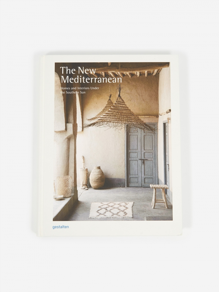 The New Mediterranean - Homes And Interiors Under The Southern S (Image 1)