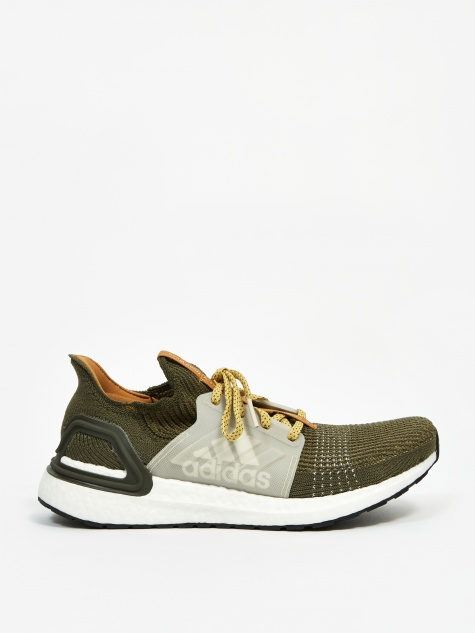 x Wood Wood Ultraboost 19 - Khaki/Brown