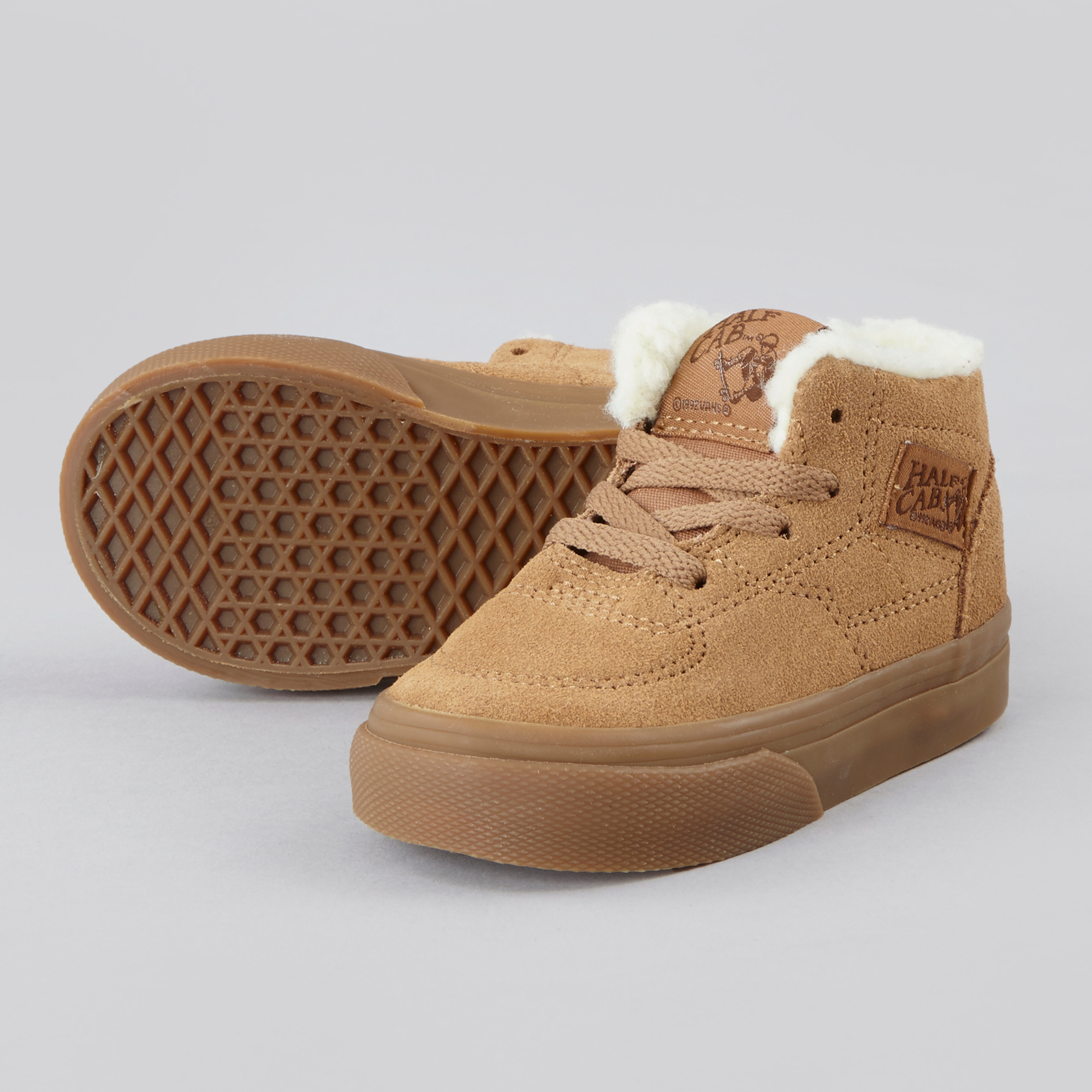 73b2ba0b03 Vans Half Cab - Suede Fleece Tobacco Brown
