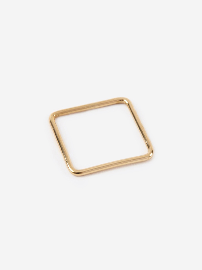 Sara Lasry Square Ring - Gold (Image 1)