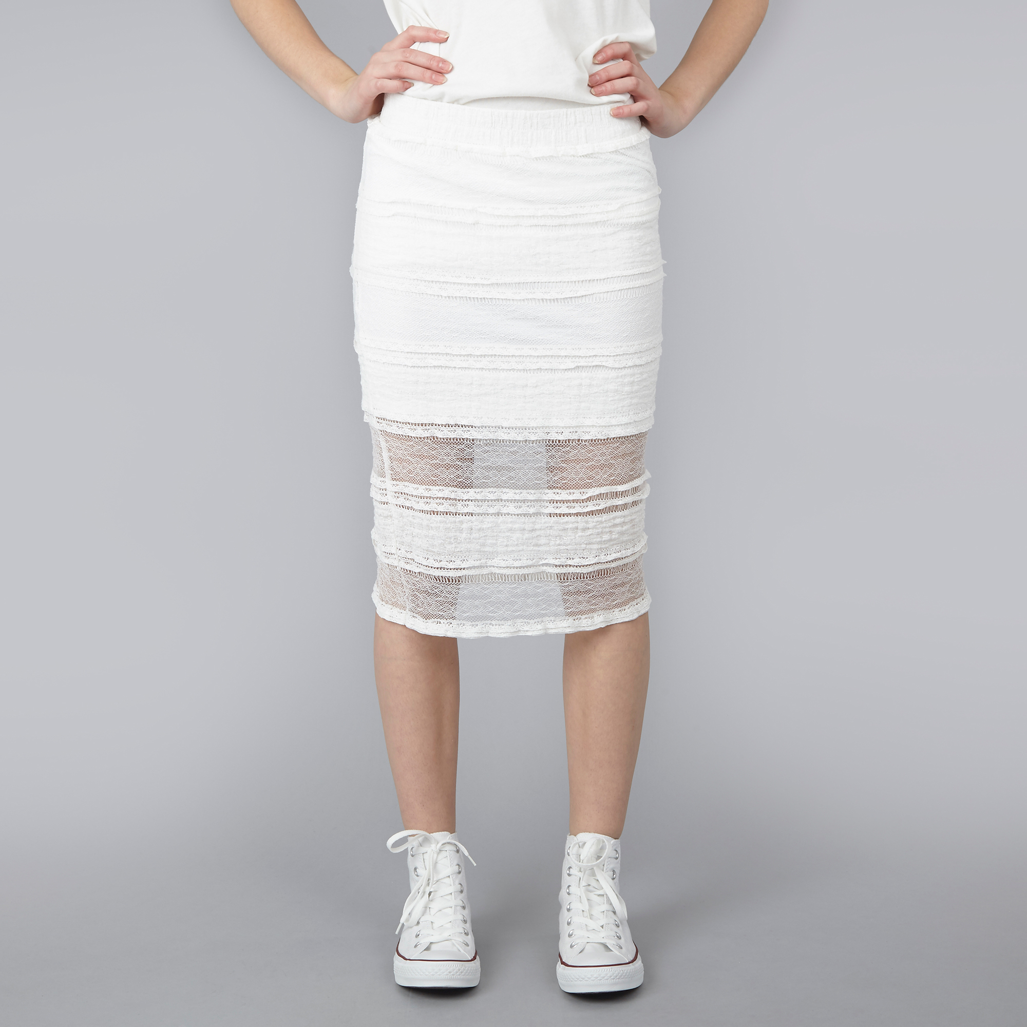 Fashion week Pencil lace skirt cream for lady