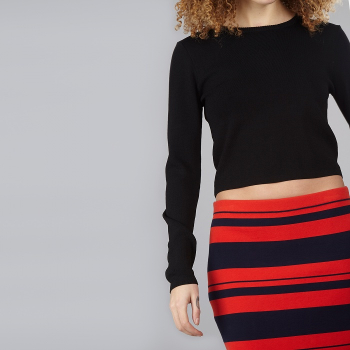 DKNY L/S Cropped Pullover - Black (Image 1)