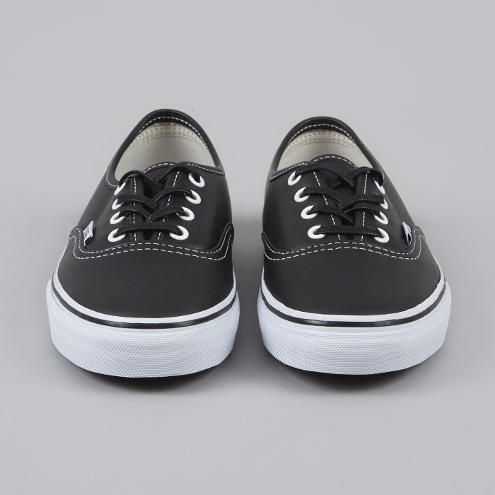 Vans Authentic - VLT Black (Image 1)