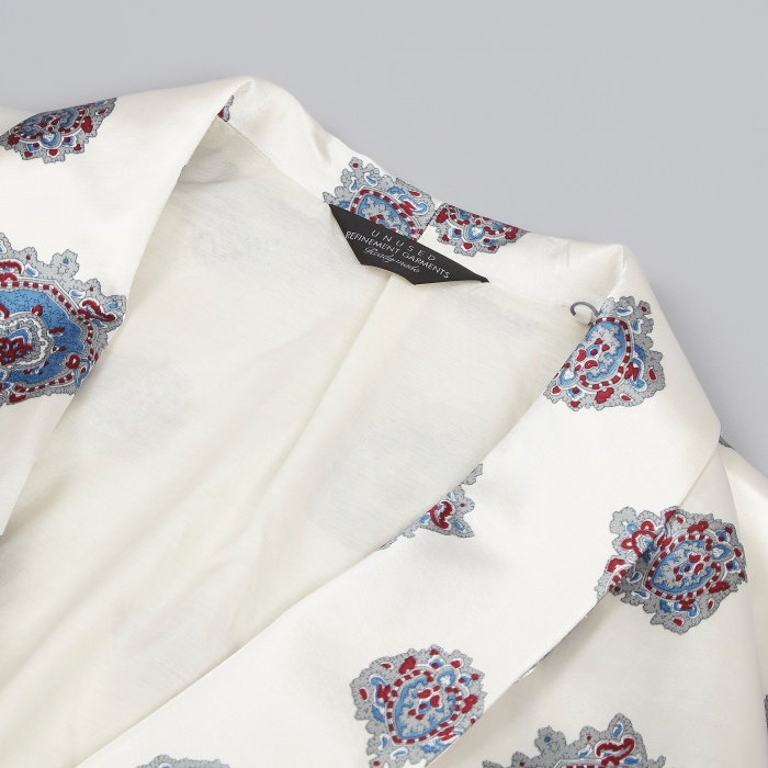 Unused Pattern Robe - White (Image 1)