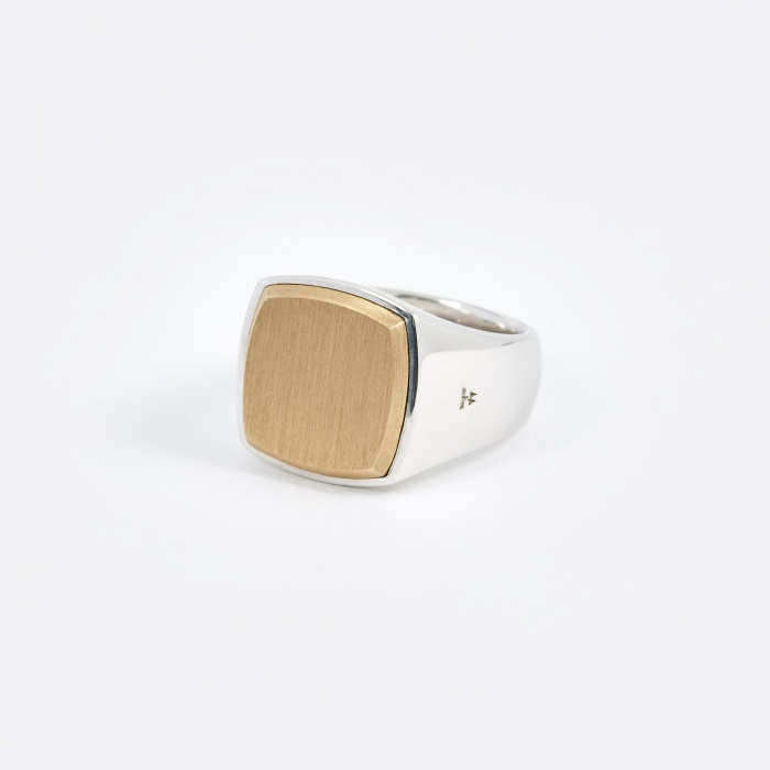 Tom Wood Cushion Ring - Gold Top (Image 1)