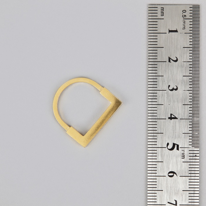 The Boyscouts Square Aeon Ring - Gold (Image 1)