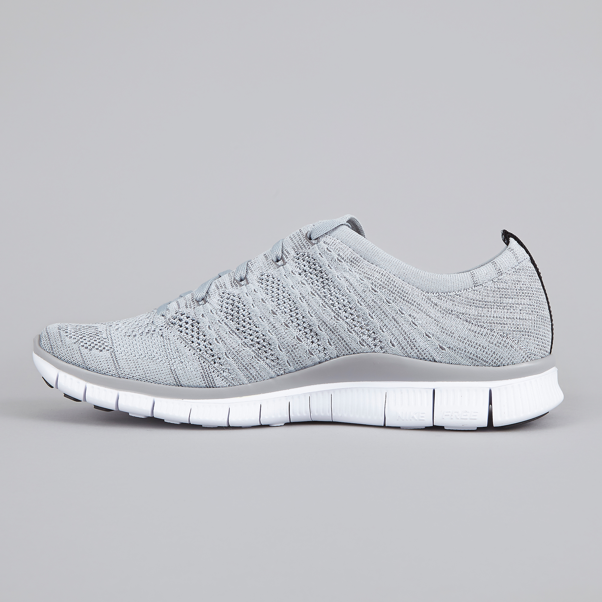 separation shoes 58a0e 800e3 Nike Free Flyknit NSW - Wolf Grey Black