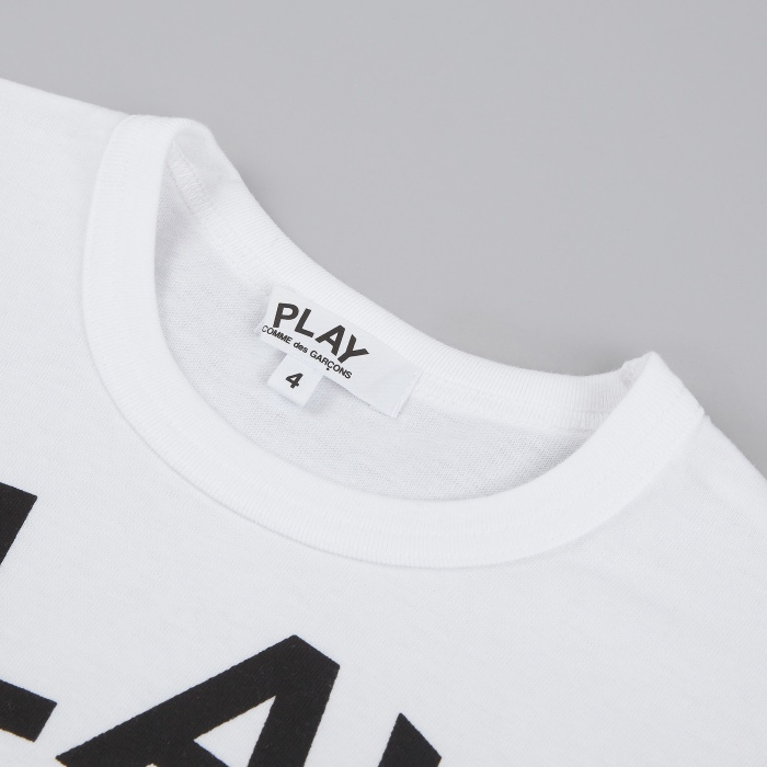 Comme des Garcons Play Kids T-Shirt - White / Play Logo (Image 1)