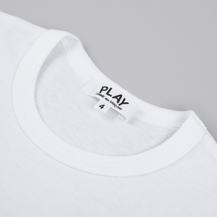 Comme des Garcons Play Kids T-Shirt - White / Black Heart (Image 1)