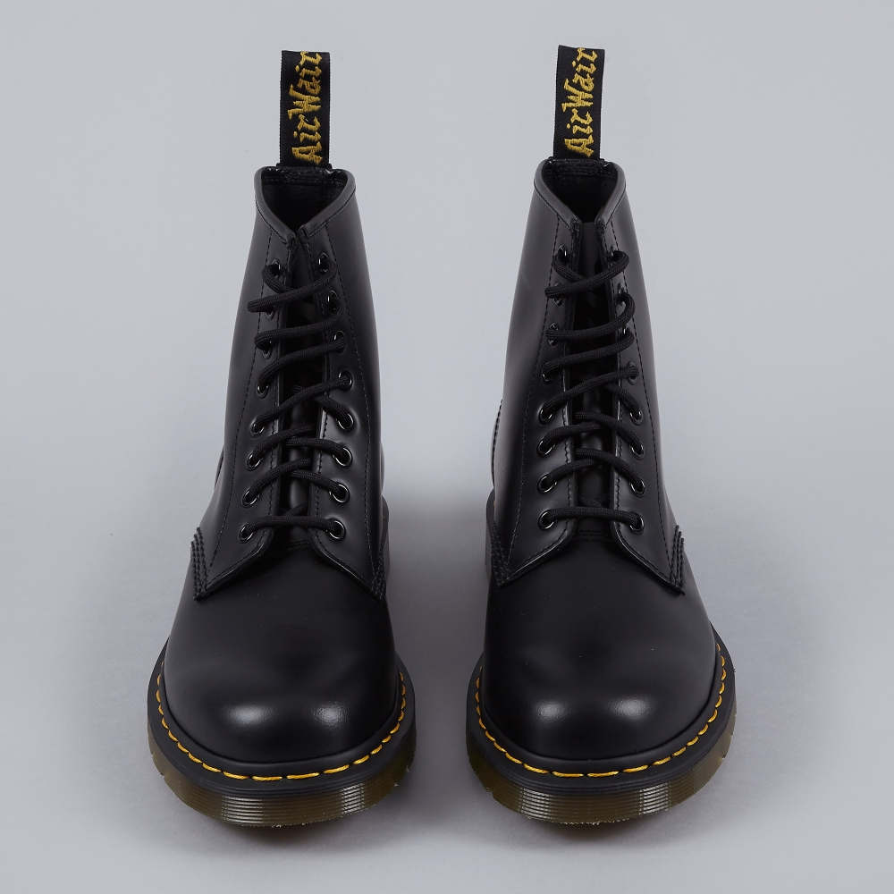 05a8ab6ff5f84 Dr Martens Dr.Martens Core 1460 Boot - Black Smooth (Image 1)