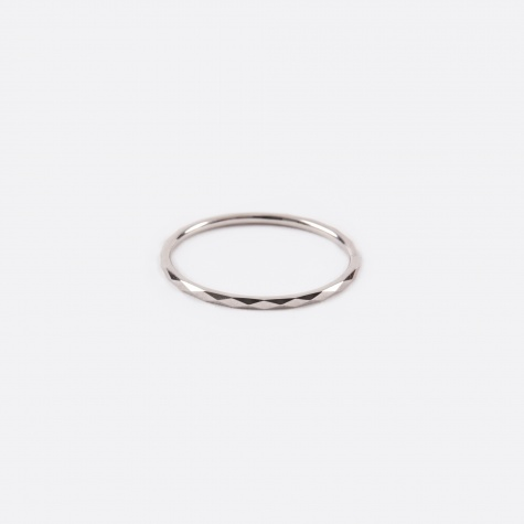 Promise Ring B - 10K White Gold