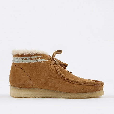 Clarks x Goodhood Wallabee Boot W - Cognac Suede Fur Lined