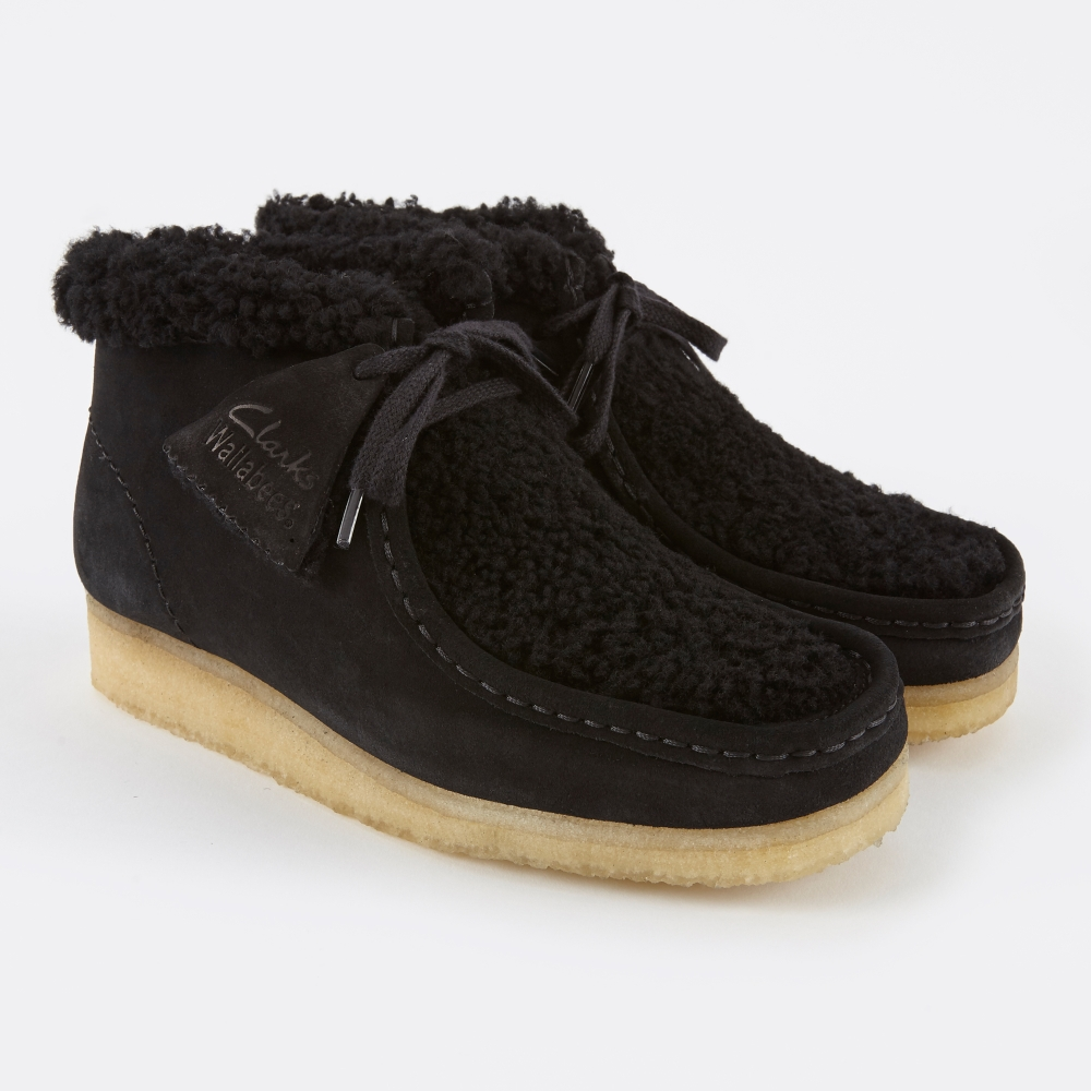 Clarks Originals Clarks Wallabee Boot - Black Suede Warm Lined (Image 1)
