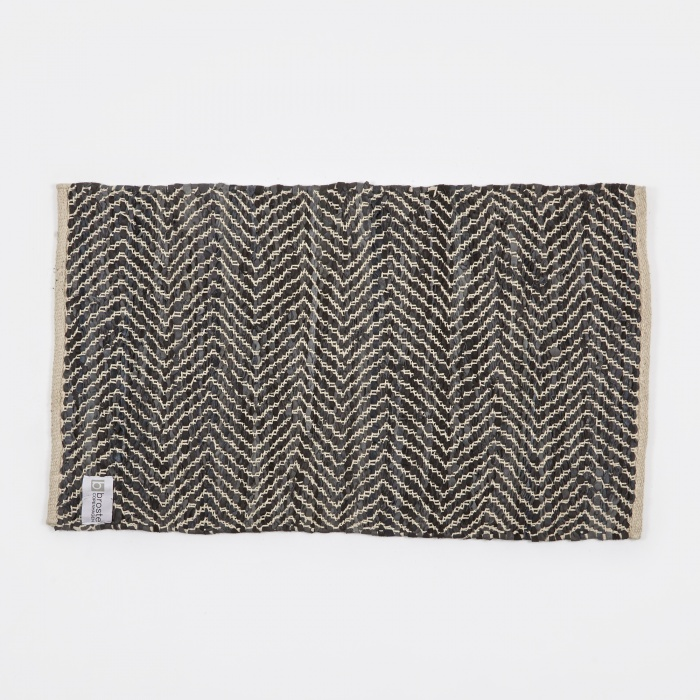 Broste Rug 'Zigzag' Leather / Cotton 60x90cm - Dark Grey (Image 1)