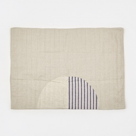 Thick Stripe Moon Quilt - 187x142cm