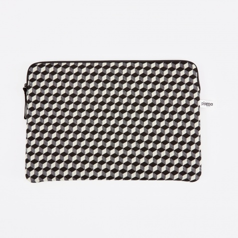 "Zip Case for Macbook 13"" - Optical Check"