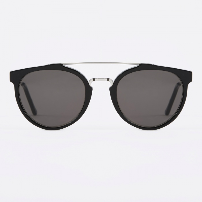 Super Giaguaro Sunglasses - Black (Image 1)