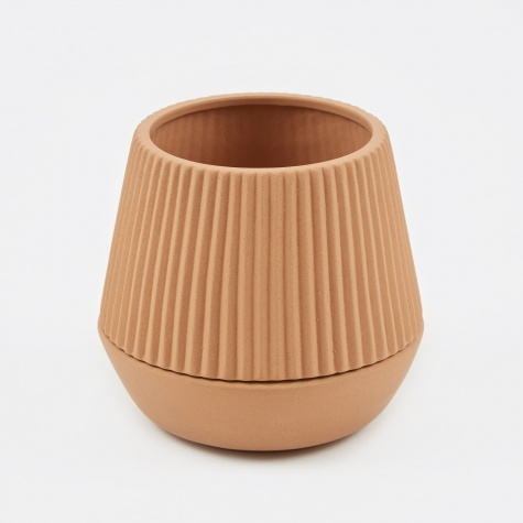 Pleated Planter - Earthenware
