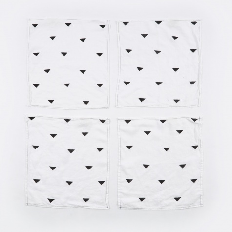 Hannah Black Triangles Napkins - Set of 4