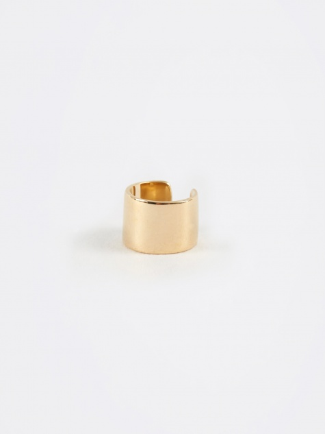 Hugger Earring - Yellow Gold