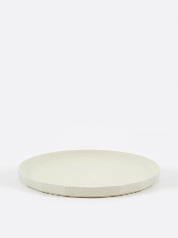Kinto Alfresco Plate 250mm - Beige (Image 1)
