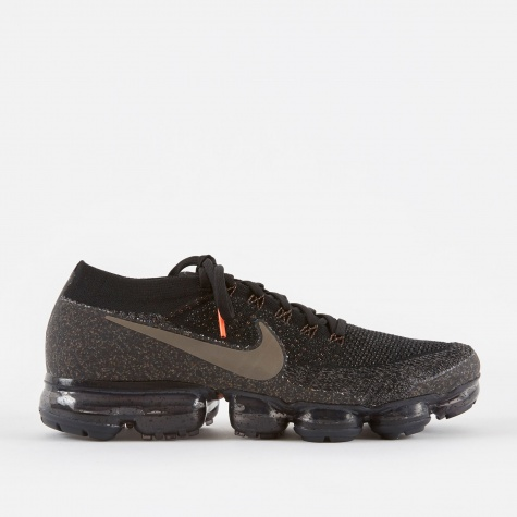 NikeLab Air Vapormax Flyknit Running Shoe - Black/Dark Mush