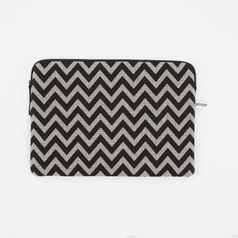 "Zip Case for MacBook 12"" & 13"" Pro - ZigZag"