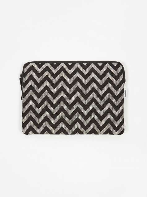 "Zip Case for MacBook Air / 13"" Laptop - ZigZag"