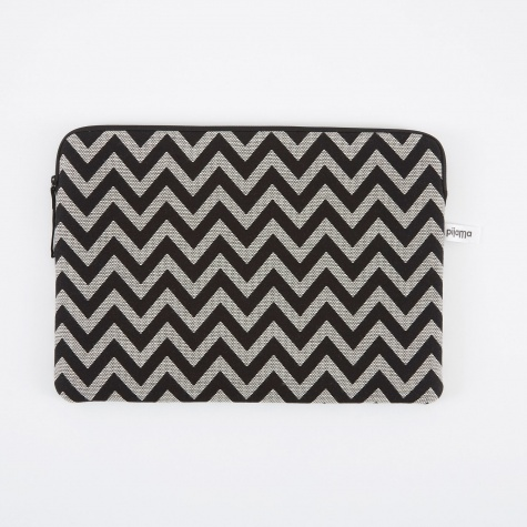 "Zip Case for MacBook 15"" - ZigZag"