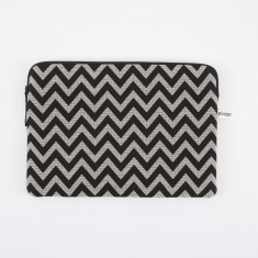 "Pijama Zip Case for MacBook 15"" - ZigZag"