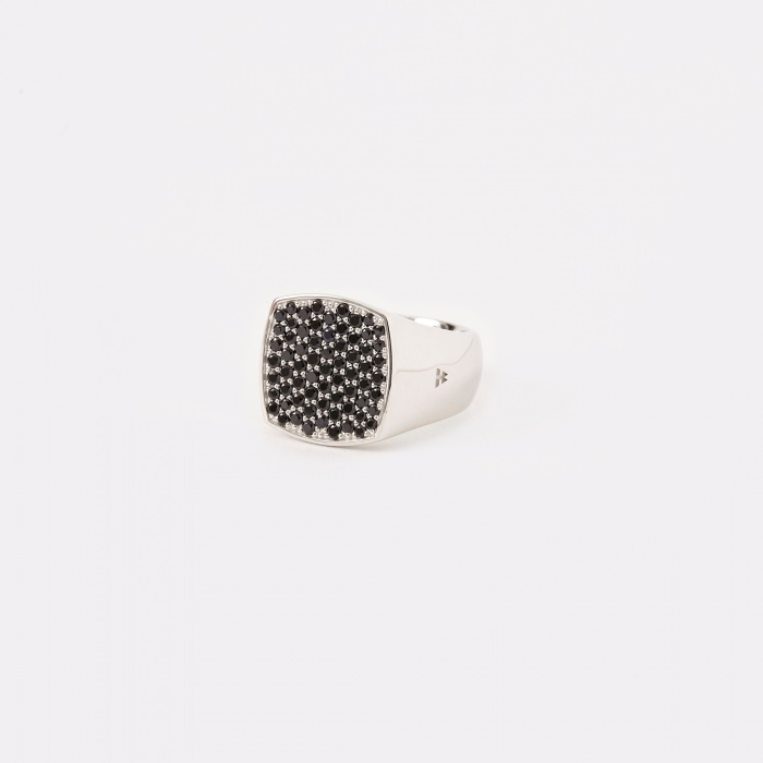 Tom Wood Pinkie Cushion Ring - Black Spinel (Image 1)