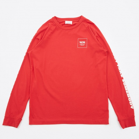 Han Long Sleeve T-Shirt - Red