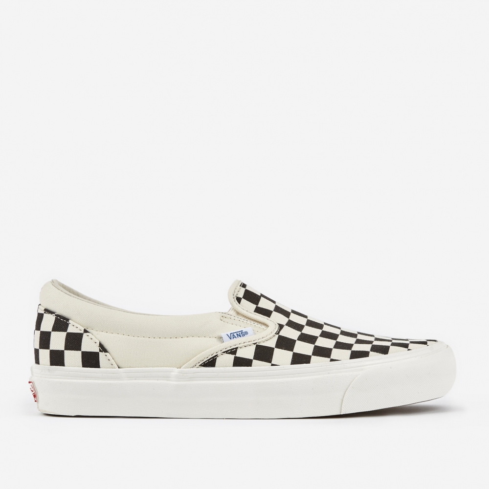 vans checkerboard slip on lx